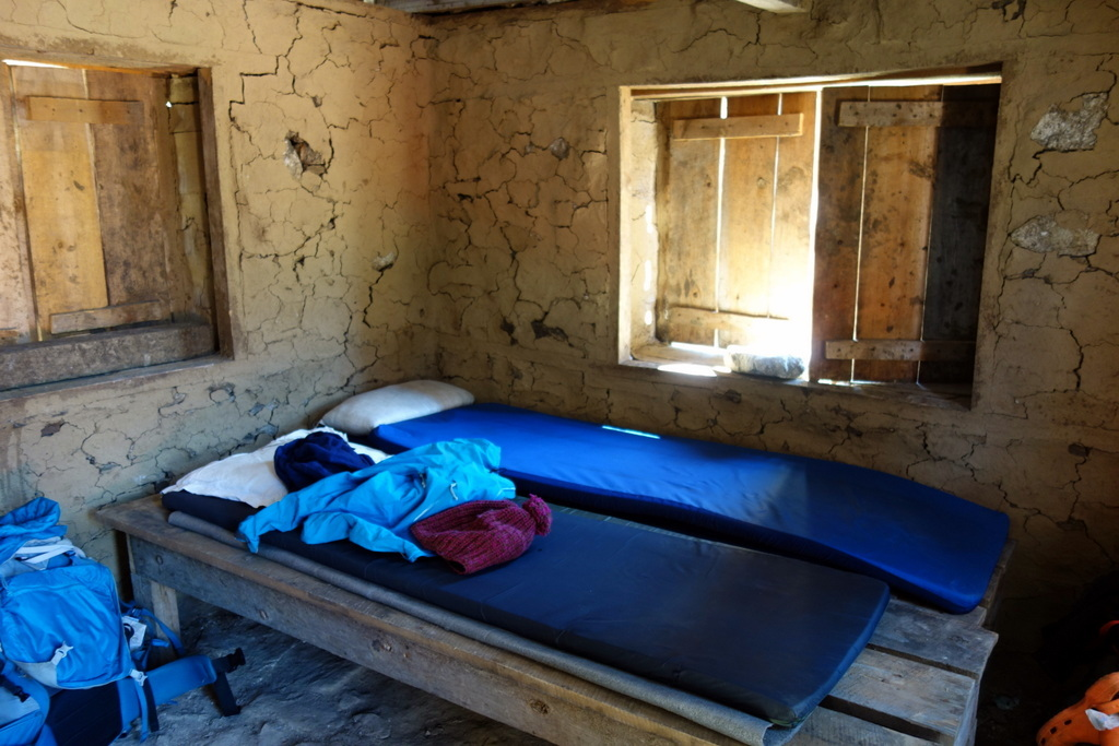 Beds in Ramche.